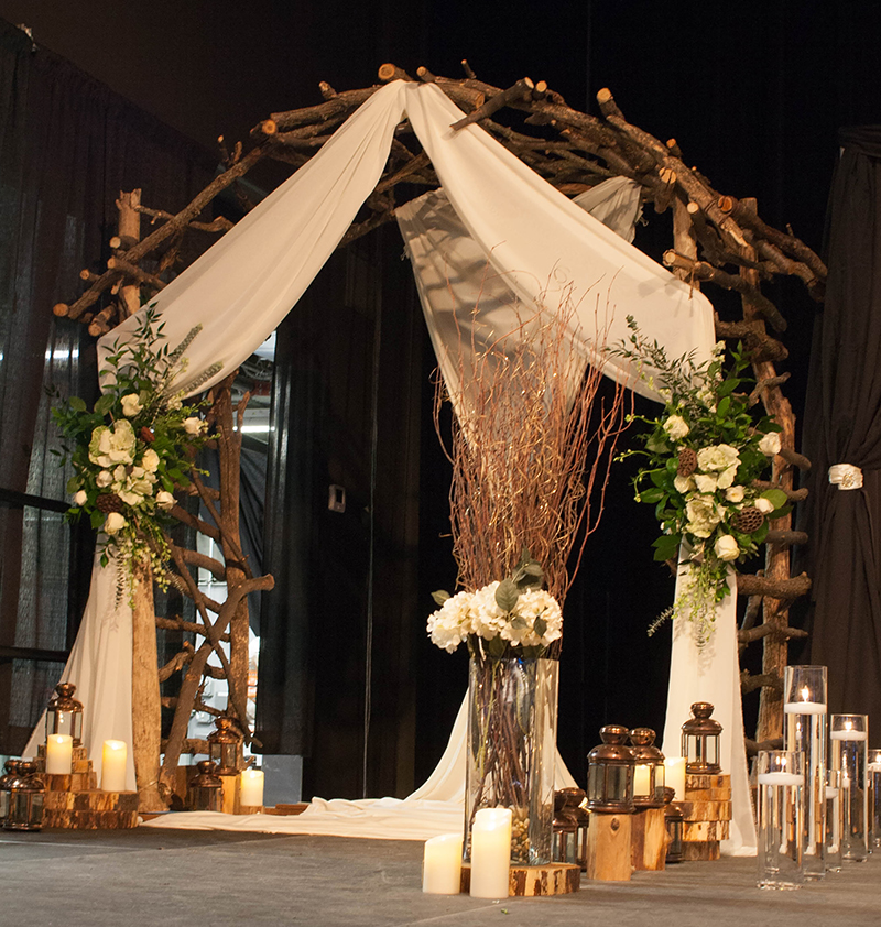 Wedding Altar Rental Houston: Trendy, Custom, Unique Wedding Centerpieces & Decorating