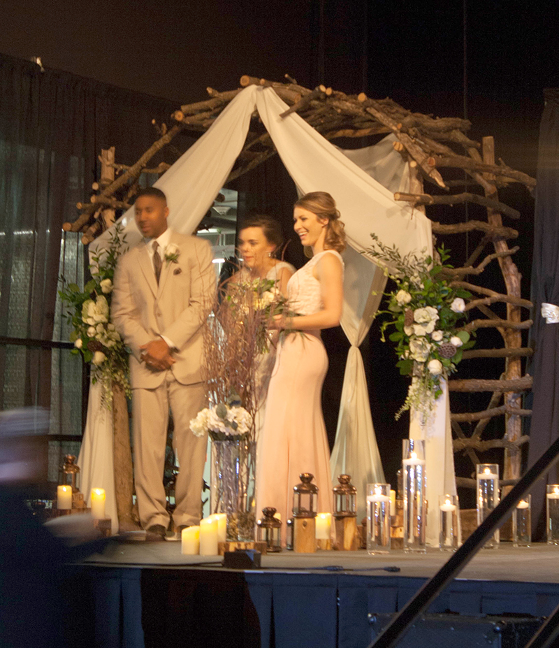 Wedding Altar Name: Trendy, Custom, Unique Wedding Centerpieces & Decorating