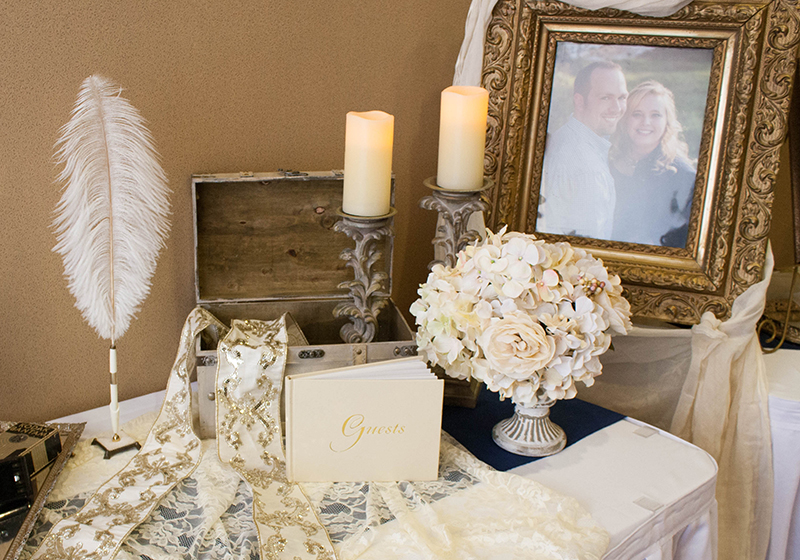 Brittany&Kyle_GuestbookTable3_web