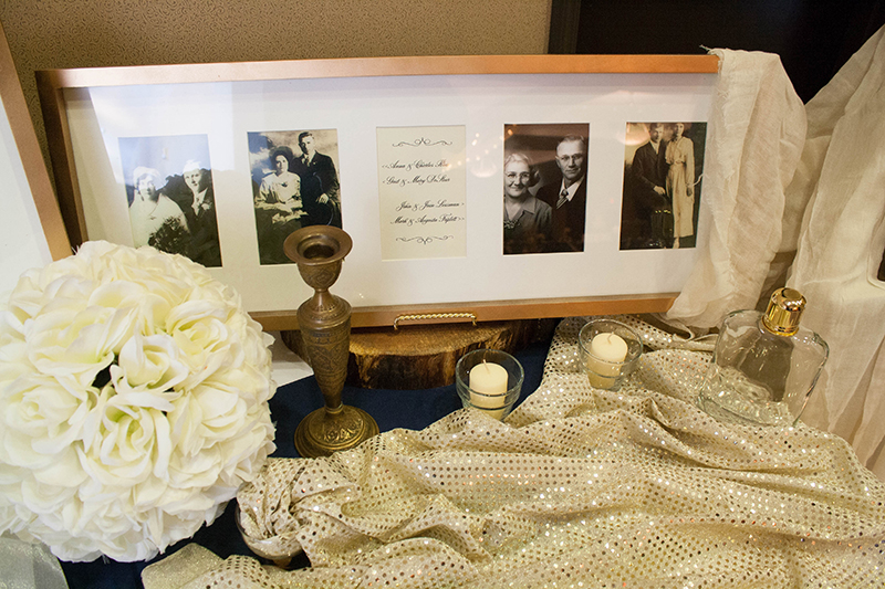 Brittany&Kyle_GuestbookTable5_web