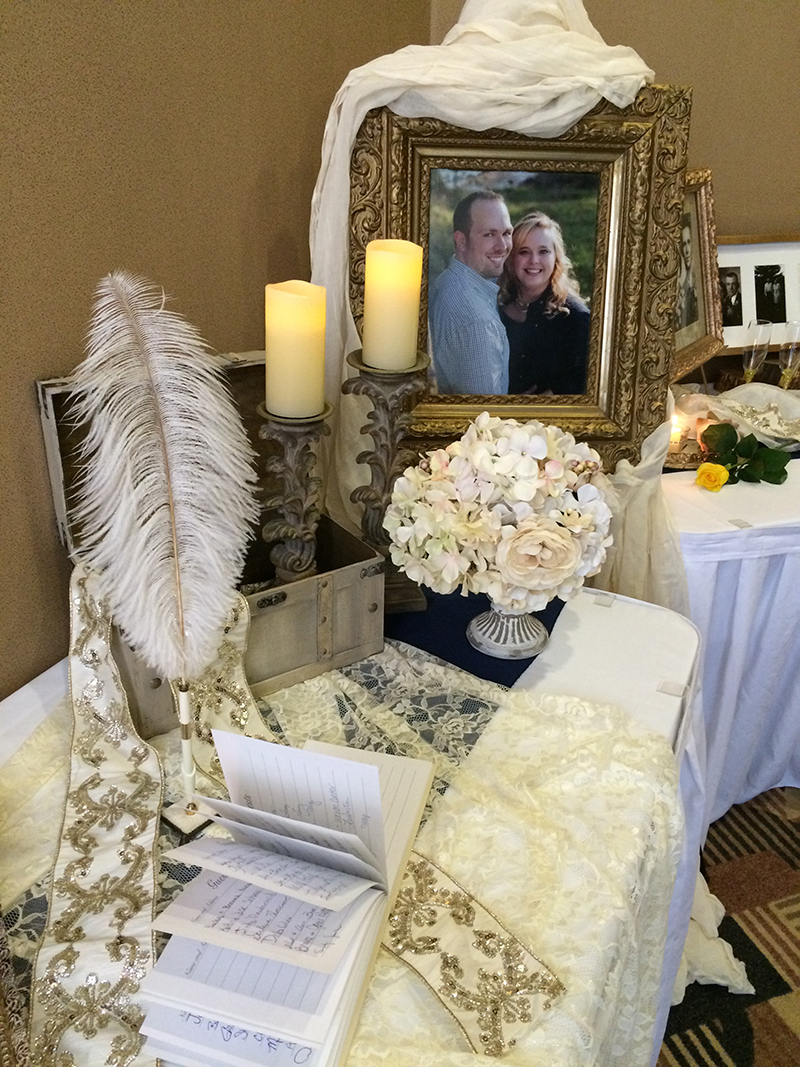 Brittany&Kyle_GuestbookTable9_web