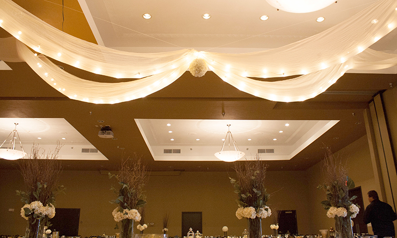 Brittany&Kyle_HeadTable6_web