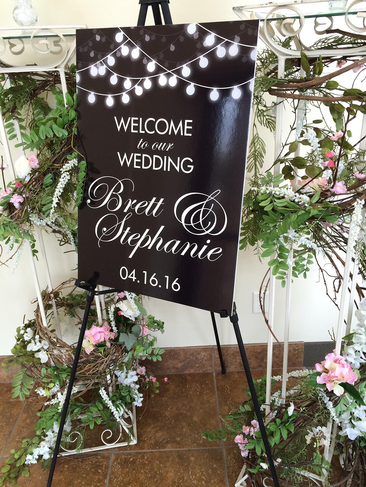 Stephanie&Brett_WelcomeSign2_web