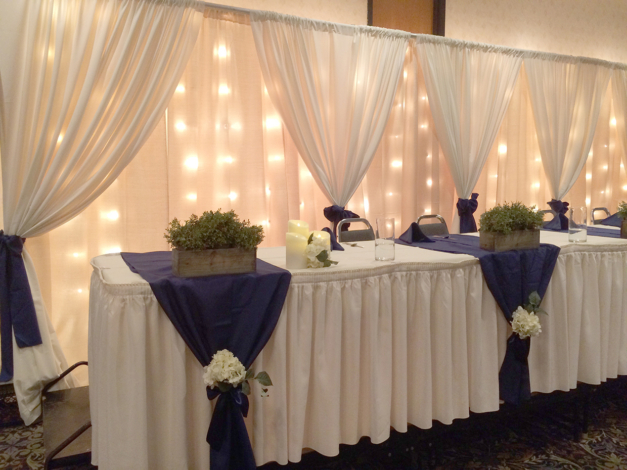 Jessica&Chris_HeadTable2_web