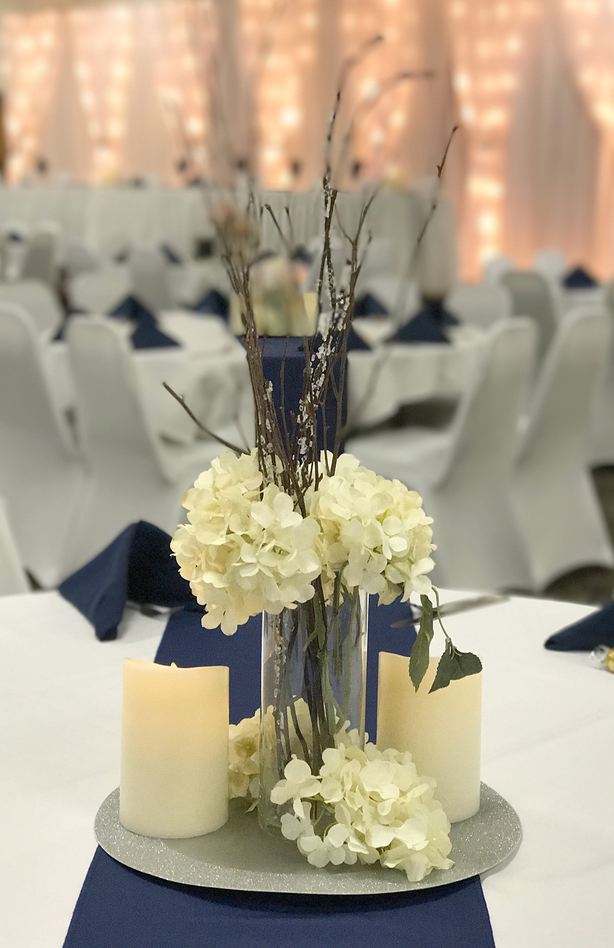 Need Some Help With Your Winter Wedding Hitch Studio Does Styling Planning And Even The Invitations To Match