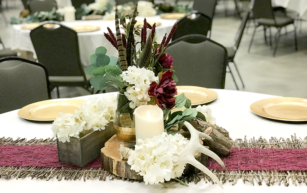 Trending wedding colors for 2018 burgundy and dusty purple hitch we did mention two trending wedding colors for 2018 and the other is dusty purple hitch studio has more than five weddings this year with dusty purple as junglespirit Gallery