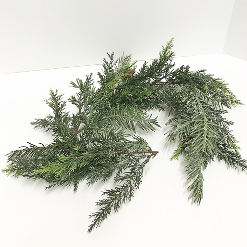 WeddingDecor-Pine-Sparkle-Mini-Garland