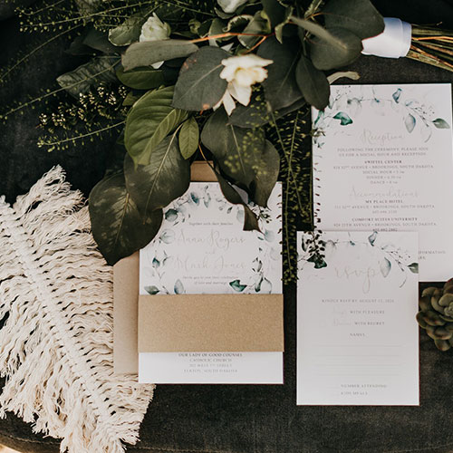 Neutrals+GreenerySchadeStyledShoot_15